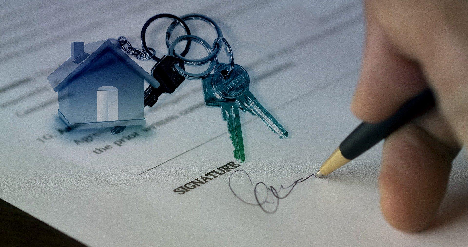 契約サイン